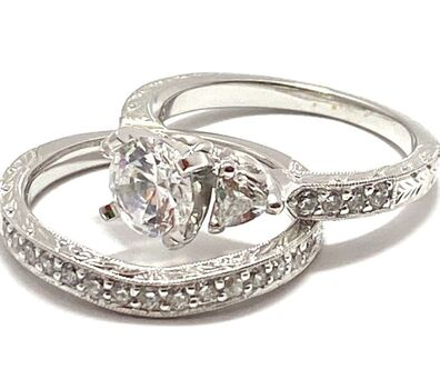 1.35ctw Cubic Zirconia Bridal Set of 2 Rings Size 7
