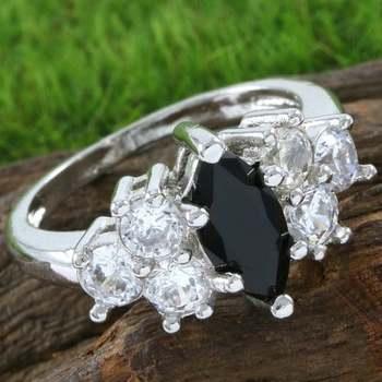 1.50ctw Beautifully Created Dark Sapphire Ring sz 8