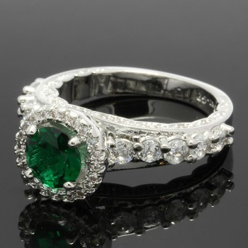 1.58ctw Emerald & White Sapphire Ring Size 7