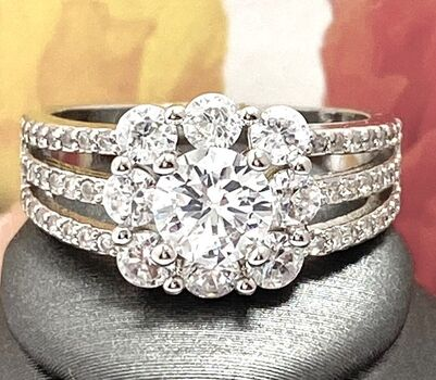 1.75ctw White Sapphire Ring Size 7