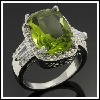 1.76ctw Peridot & White Sapphire Ring Size 7