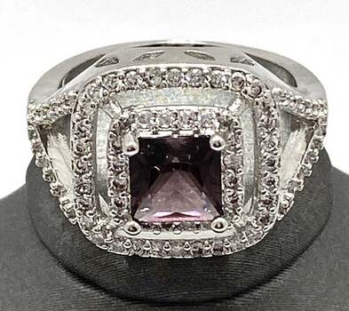 1.78ctw Beautifully Created Amethyst and White Sapphire Ring