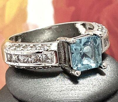 1.78ctw Blue Topaz Ring Size 8