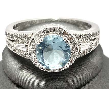 1.90ctw AAA+ Grade Light Blue and White Cubic Zirconia CZ Ring Size 7
