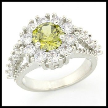 2.02ctw Peridot & White Sapphire Ring size 6.5