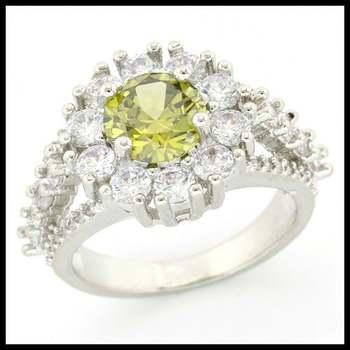 2.02ctw Peridot & White Sapphire Ring size 7