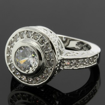2.05ctw White Sapphire Ring Size 7