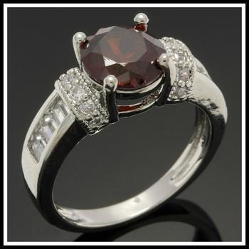 2.20ctw Garnet & White Sapphire Ring size 7