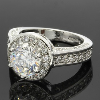 2.25ctw White Sapphire Ring Size 7