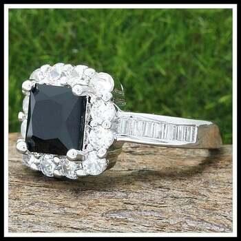 2.60ctw Onyx & White Sapphire Ring Size 7