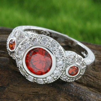 2.75ctw Garnet & White Sapphire Ring size 7