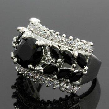 2.79ctw Black &  White Topaz Ring Size 6 3/4