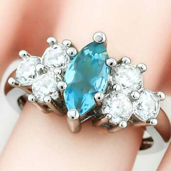 3.50ctw Beautifully Created Blue Topaz Ring sz 8