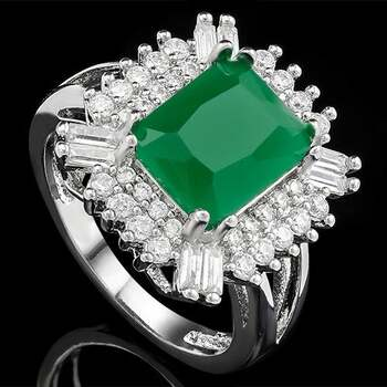 3.75ctw Emerald Ring Size 7