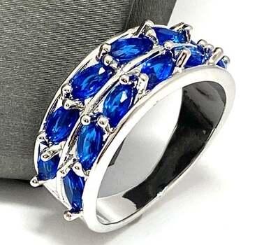 3.75ctw Sapphire Ring