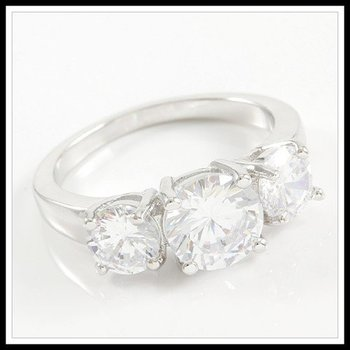 3.90ctw Beautifully Created Fine White Sapphire Ring Size 8