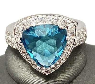4.30ctw Blue Topaz & White Sapphire Ring