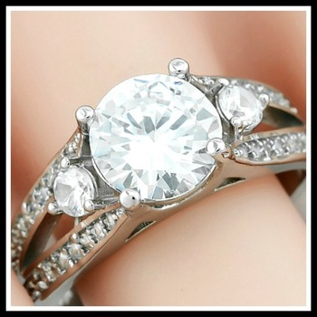 4.61ctw AAA+ Grade Fine Cubic Zirconia Engagement Ring  Size 7