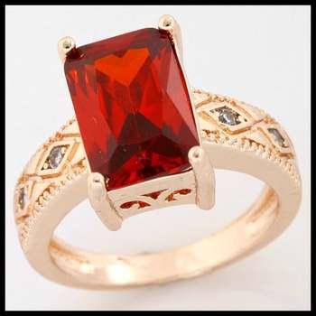 4.80ctw Garnet & White Sapphire Ring size 6 1/2