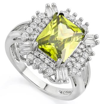 5.10ctw Peridot & White Sapphire Ring size 7