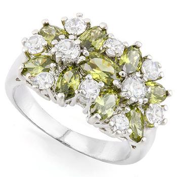 5.98ctw Peridot & White Sapphire Ring size 7