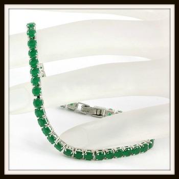 6.45ctw Emerald Tennis Bracelet