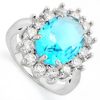 6.60ctw Sky Blue Topaz & White Sapphire Ring sz 7