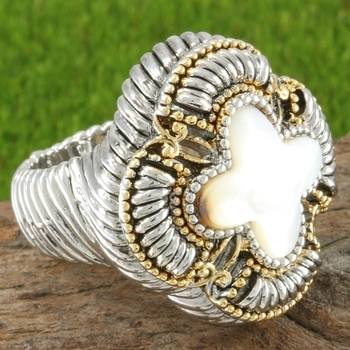 8.75ctw Mother of Pearl Ring Size 7
