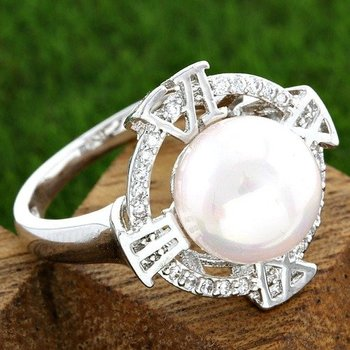 Fine Jewelry Brass with 3x Gold Overlay Beautifully Created Pearl Roman Numeral Ring Size 8