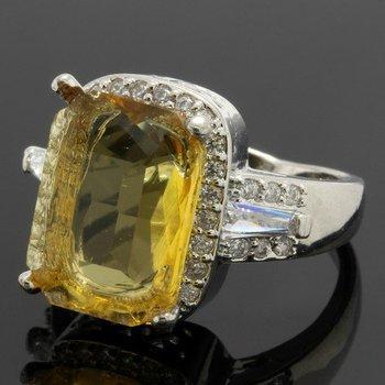 9.05ctw Yellow & White Topaz Ring Size 6.5
