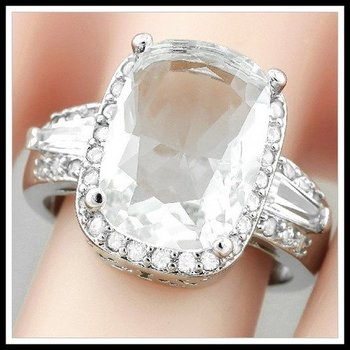9.10ctw Beautifully Created Fine White Sapphire Ring Size 7