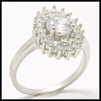 .925 Sterling Silver, 1.50ctw (AAA Grade) Cubic Zirconia Ring sz 9