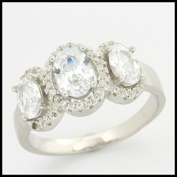 .925 Sterling Silver, 1.94ctw (AAA Grade) Cubic Zirconia Ring size 9