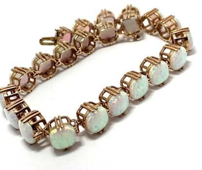 .925 Sterling Silver, 22.0ct Opal Bracelet
