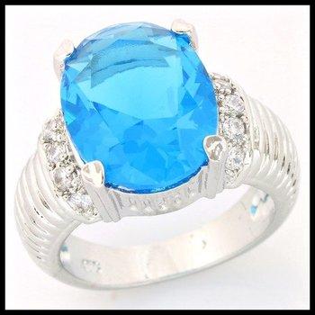 .925 Sterling Silver, 5.10ctw Blue & White Topaz Ring sz 7 1/4