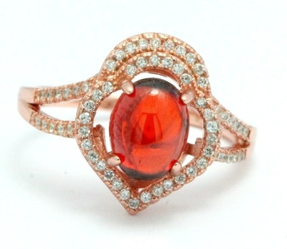 .925 Sterling Silver, Cabachon Garnet Ring   size 9