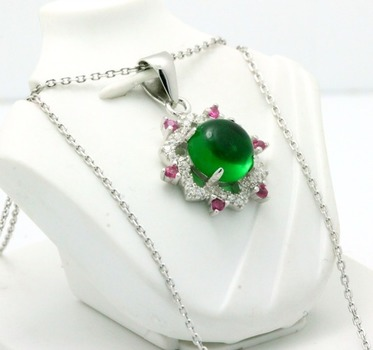 .925 Sterling Silver, Cabochon Emerald, Pink Sapphire & AAA Grade Australian Cz's Vintage Style Necklace