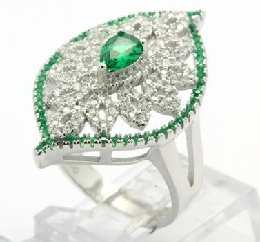.925 Sterling Silver, Emerald & AAA Grade Australian Cz's Vintage Style Ring   size 7
