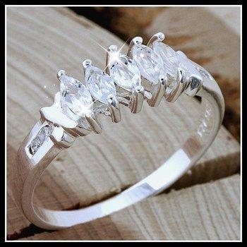 .925 Sterling Silver Genuine White Topaz Ring Size 7