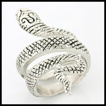 (AAA Grade) CZ's Snake Shape Spiral Ring size 7