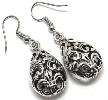 "Antique Design 1 3/4"" Long Dangle Earrings"