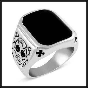 Black Skull Men's Stainless Steel Ring Size 9