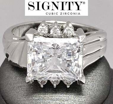 """Celebrity Jewelry Collection .925 Sterling Silver, 10.50ct """"SIGNITY STAR"""" Cubic Zirconia CZ Ring Size 7"""