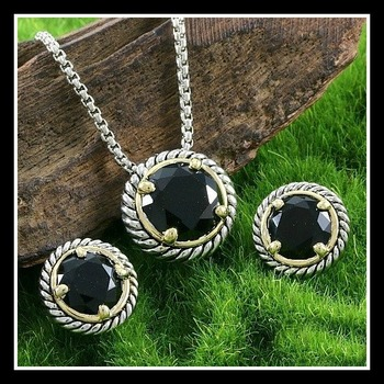 Designer Two-Tone Gold Plated, Beautifully Created Fine Black Onyx Set of Necklace & Earrings
