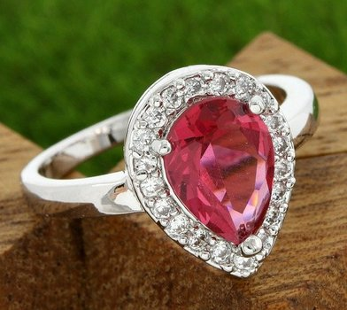 Fine Jewelry Brass with 3x Gold Overlay Beautifully Created Red Rhodolite Ring sz 7