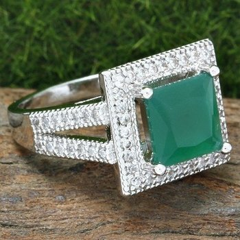 Fine Jewelry Brass with 3x Gold Overlay Emerald & White Sapphire Ring Size 8