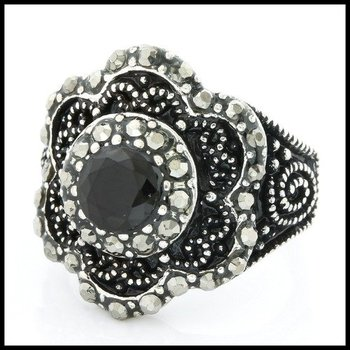 Fine Jewelry Brass with 3x Gold Overlay Onyx Ring Size 6.5