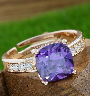 Fine Jewelry Brass with 3x Rose Gold Overlay Beautifully Created Amethyst Ring Size 6