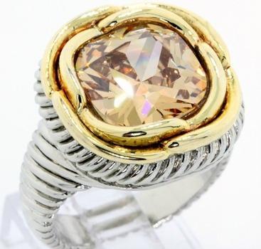 Golden Topaz Large Ring size 7