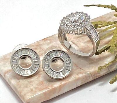 Lot of 1.48ctw AAA Grade CZ's Ring Size 7 & 1.50ctw AAA Grade CZ's  Stud Earrings